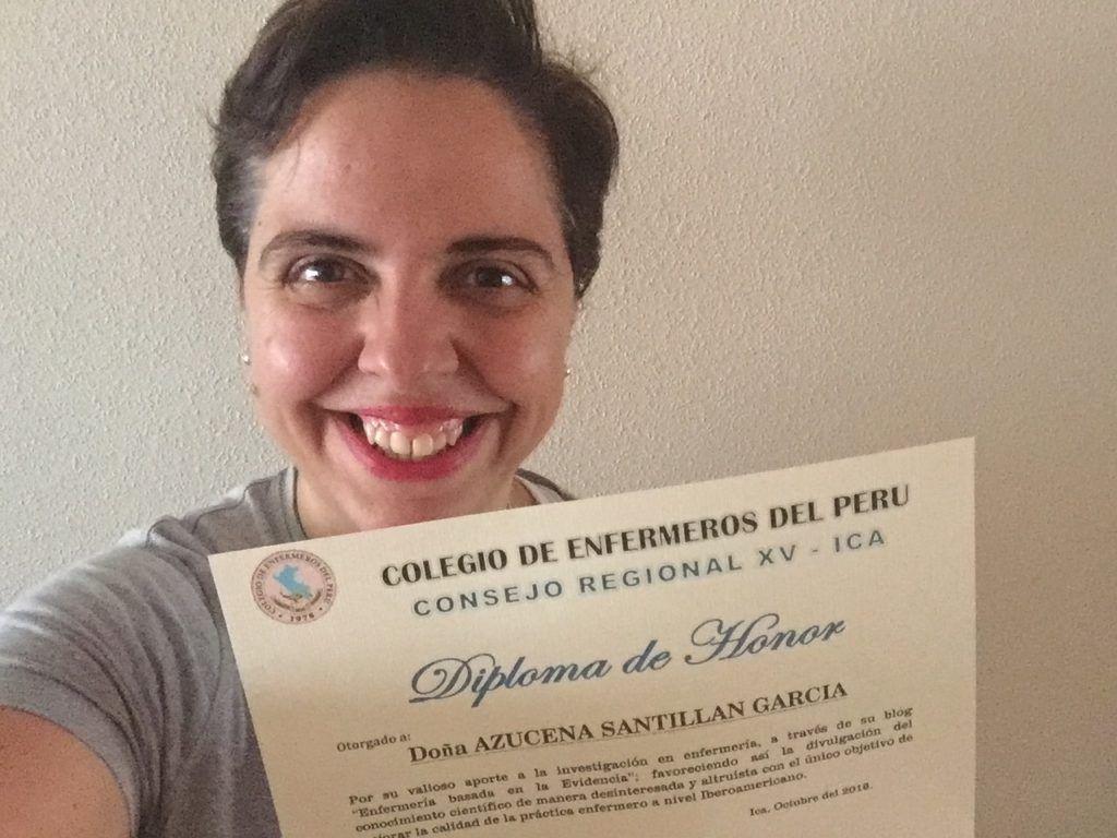 Azucena Santillan